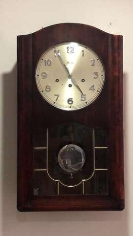 Reloj antiguo de pendulo marca Mauthe aleman musical