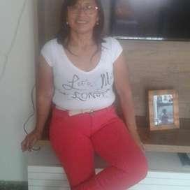 Señora Ecuatoriana busca trabajo de empleada domestica