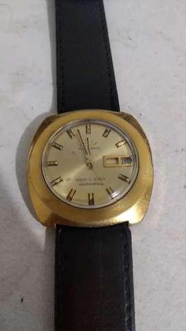 Vendo reloj mido multi Star suizo original funcionando perfectamente enchapodo en oro de 18