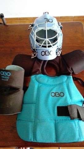 casco, pechera, brasera obo