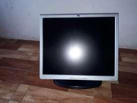 """Vendo monitor hp de 19"""" es buen estado fisico como funcional"""