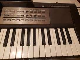 Roland E09