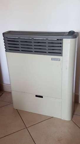 calefactor emege 5000c en excelente estado, poco uso. Cualquier duda c