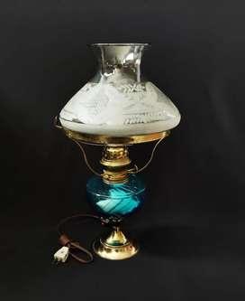 Lámpara clásica en vidrio