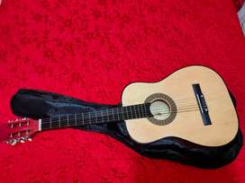 Guitarra totalmente nueva.