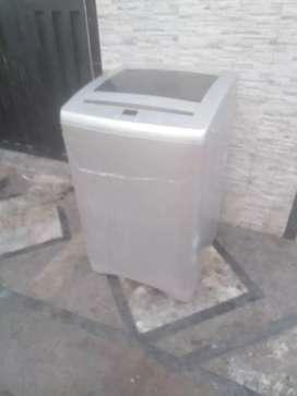 Lavadora de 18 libras en buen funcionamiento