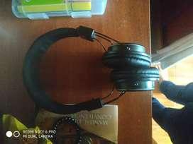 Audífonos negros