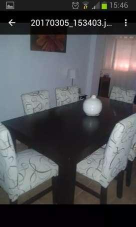 Vendo mesa y seis sillas chenil