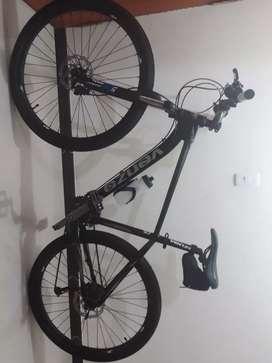 Bicicleta Venzo Thorn.