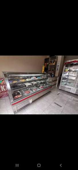 Vendo local comercial de Cárnicos, embutidos y productos procesados