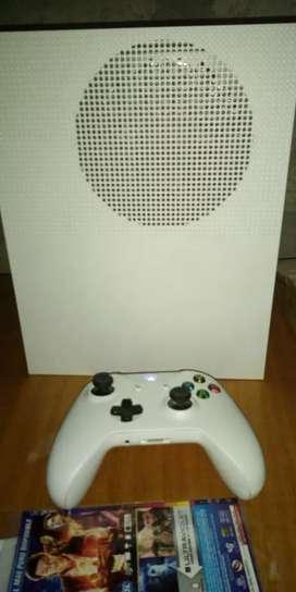 Vendo Xbox one s ..