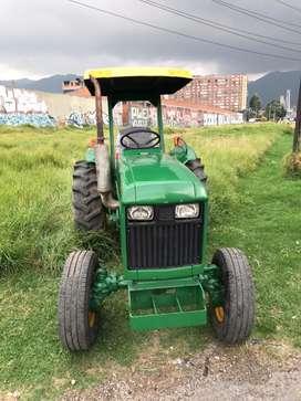 Tractor John Deere 850