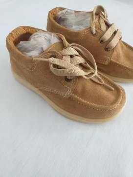 Vendo zapatos para niños