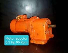 MOTORREDUCTOR PIÑONERIA 90 RPM 1/2 HP TRIFASICO