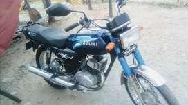 Vendo moto buena bonita y barata