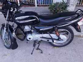 vendo mi moto personal 3500000 con papeles en regla