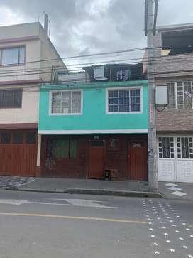 Venta casa con 3 apartamentos independientes