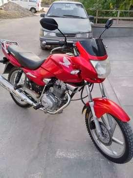 Vendo moto honda stor