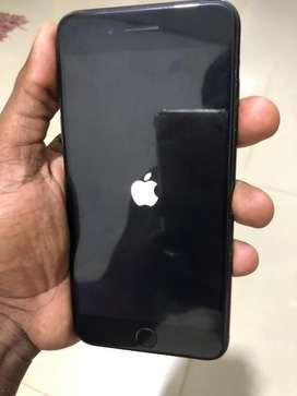 Vendo iphone 7 plus de 128 GB legald e todo le sirve todo
