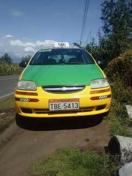 """Vendo taxi parroquial en """"Huachi Grande"""" Centro con acciones"""