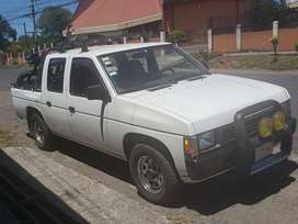 Pick up, 4 puertas, se vende o cambia por lote o pick up 4x4