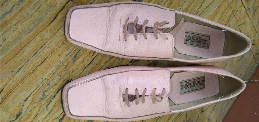 Vendo zapatos color Rosa 0