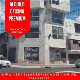 • ALQUILO EXCELENTE OFICINA PREMIUM•