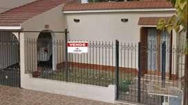 vendo casa en barrio antartida 1 - 4 dormitorios - todos los servicios