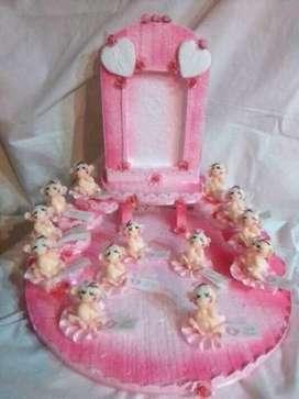 Souvenirs en porcelana fría  (Especialidad en bebés y ángeles )