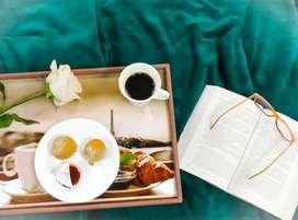 Mesa de Desayuno. Mesa de Cama Resinada navidad