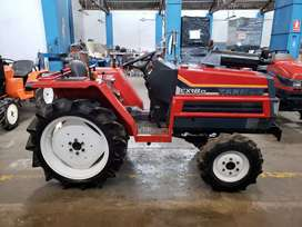 Tractor agricola japonés marca YANMAR, 4x4, diésel, modelo FX18D, 21HP