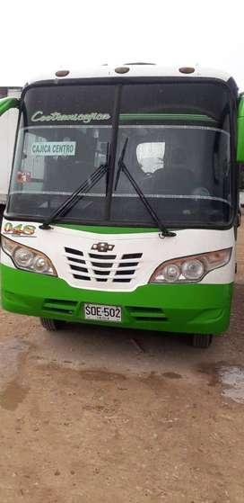 Buseta urbana municipal de cajica, Chevrolet nkr 2004 con cupo vendo o cambio por camion npr o nqr 2004 en adelante