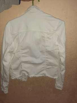 Campera de jean blanco