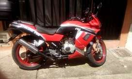 Vendo moto en perfecto estado y buen precio , Escucho cambios