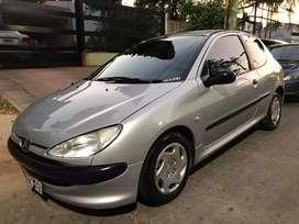 Peugeot 206 xr 1.6 8v