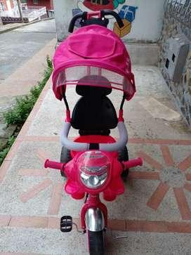 Triciclo para niña
