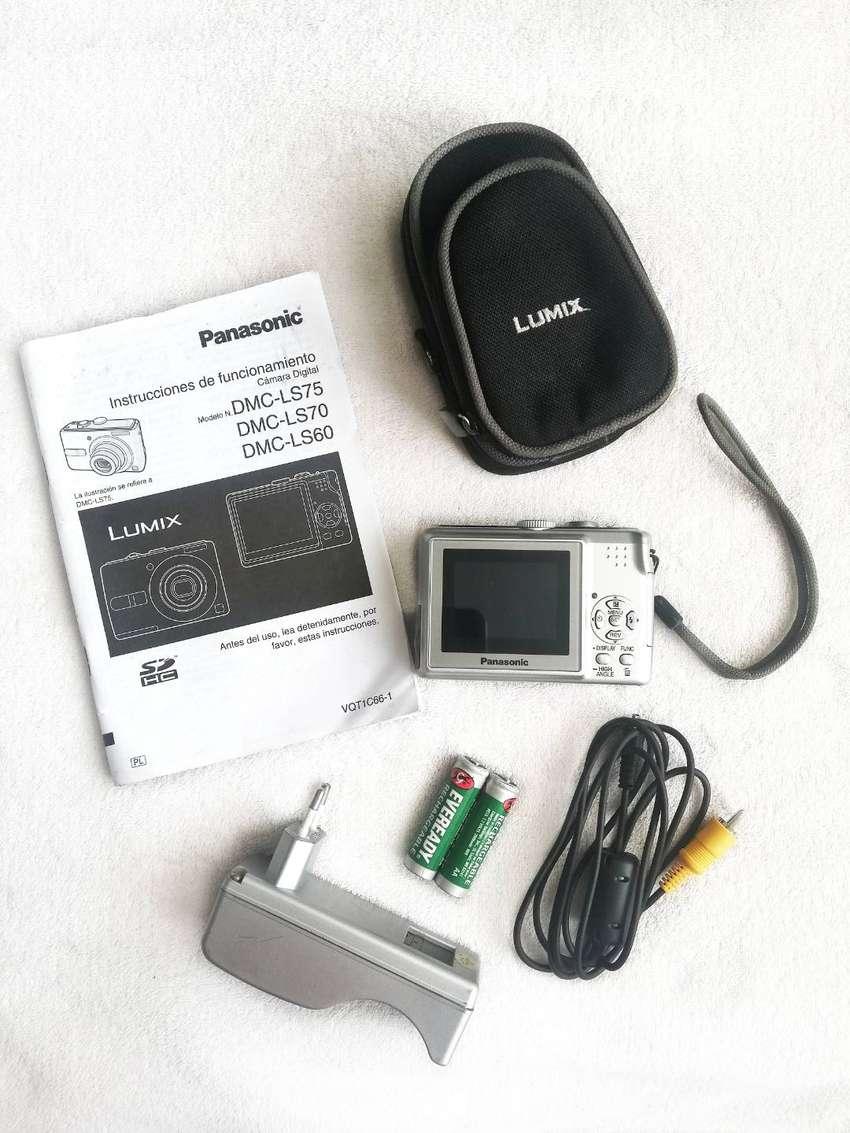 Cámara digital Panasonic - Lumix 0