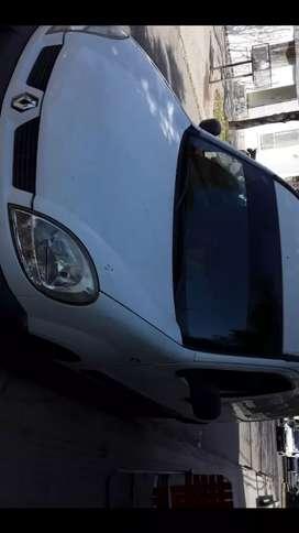 Vendo kango $500 mil modelo 2011 furgon recivo veiculo