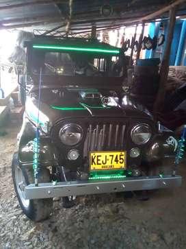 Jeep j5 en muy buen estado modelo 79 verlo es comprarlo