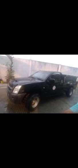 Vendo camioneta dmax 4  x v2 gasolina en óptimas condiciones.