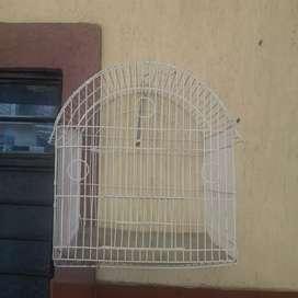 Vendo hermosa jaula para pajaros