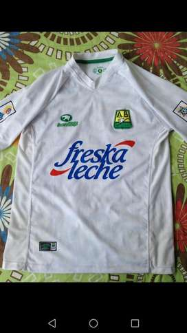 Se Vende Camisa Original Del Bucaramnaga