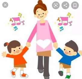 Servicio de niñera por días