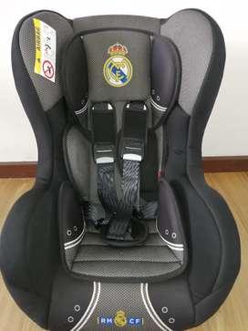 Silla de carro Real Madrid Negra