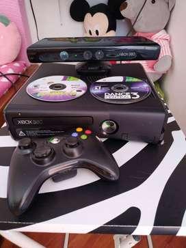 XBOX 360 Slim + Kinect + 1 control + 2 juegos
