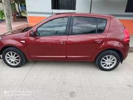 Carro como nuevo excelente estádo precio 17.000.000