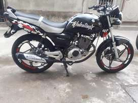Moto suzuki al día y en perfecto estado 1400
