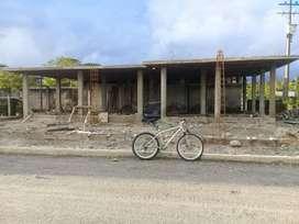 SE VENDE LOTE DE TERRENO CON CASA EN CONSTRUCION