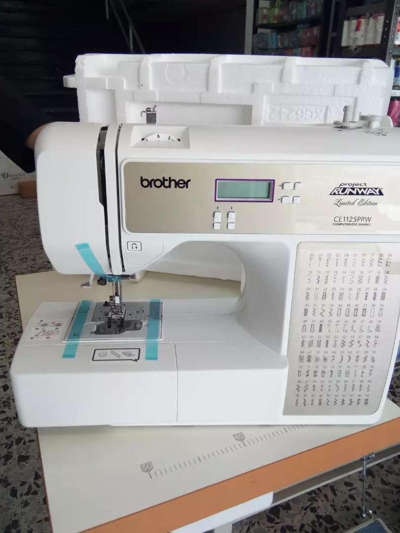 Maquina computarizada BROTHER CE 1125 0