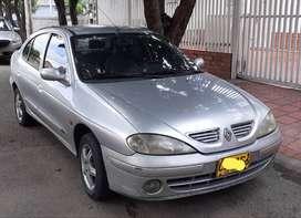 RENAULT MEGANE MODELO 2000 MOTOR 1.6 PLACA DE LOS PATIOS